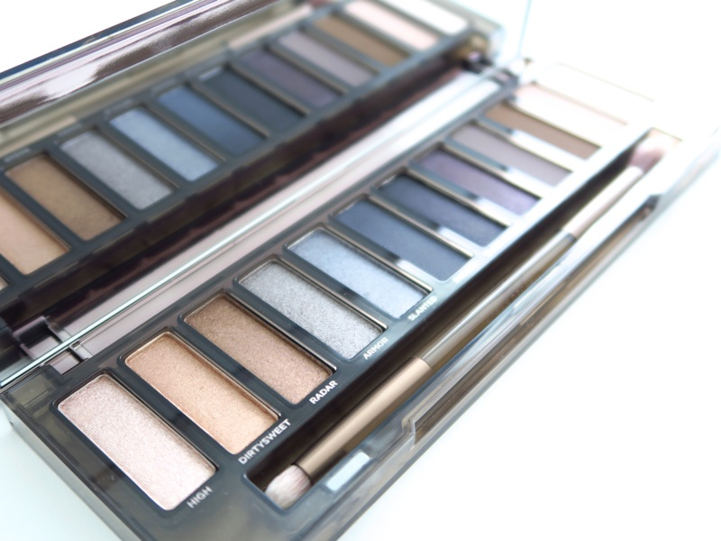 Urban-Decay-Naked-Smoky-Palette_F2