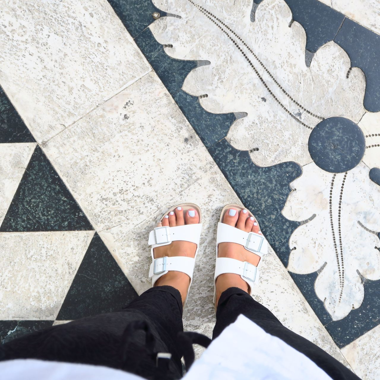 Outfit_Birkenstock_black-and-white7