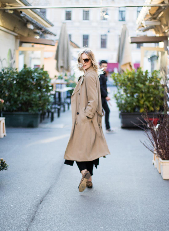 Blog-Your-Style-Spring-Feelings-Trenchcoat-Zara-Wie-ich-meinen-Trenchcoat-style-Wien-Karmelitermarkt-Vienna-Giveherglitter-11
