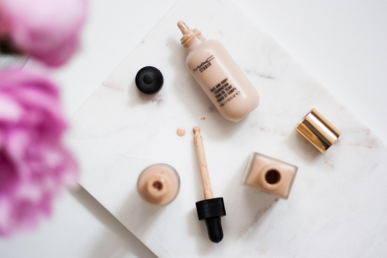 Top-3-Foundations-Beautyblogger-Austria-Beauty-Summermakeup-Giveherglitter-2