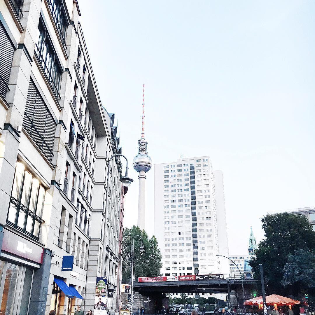 10 Dinge die man in Berlin machen sollte + Lokal Tipps - giveherglitter