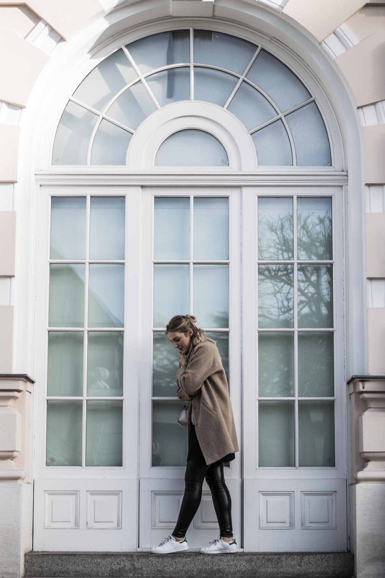 giveherglitter-camelcoat-fashionblog-11