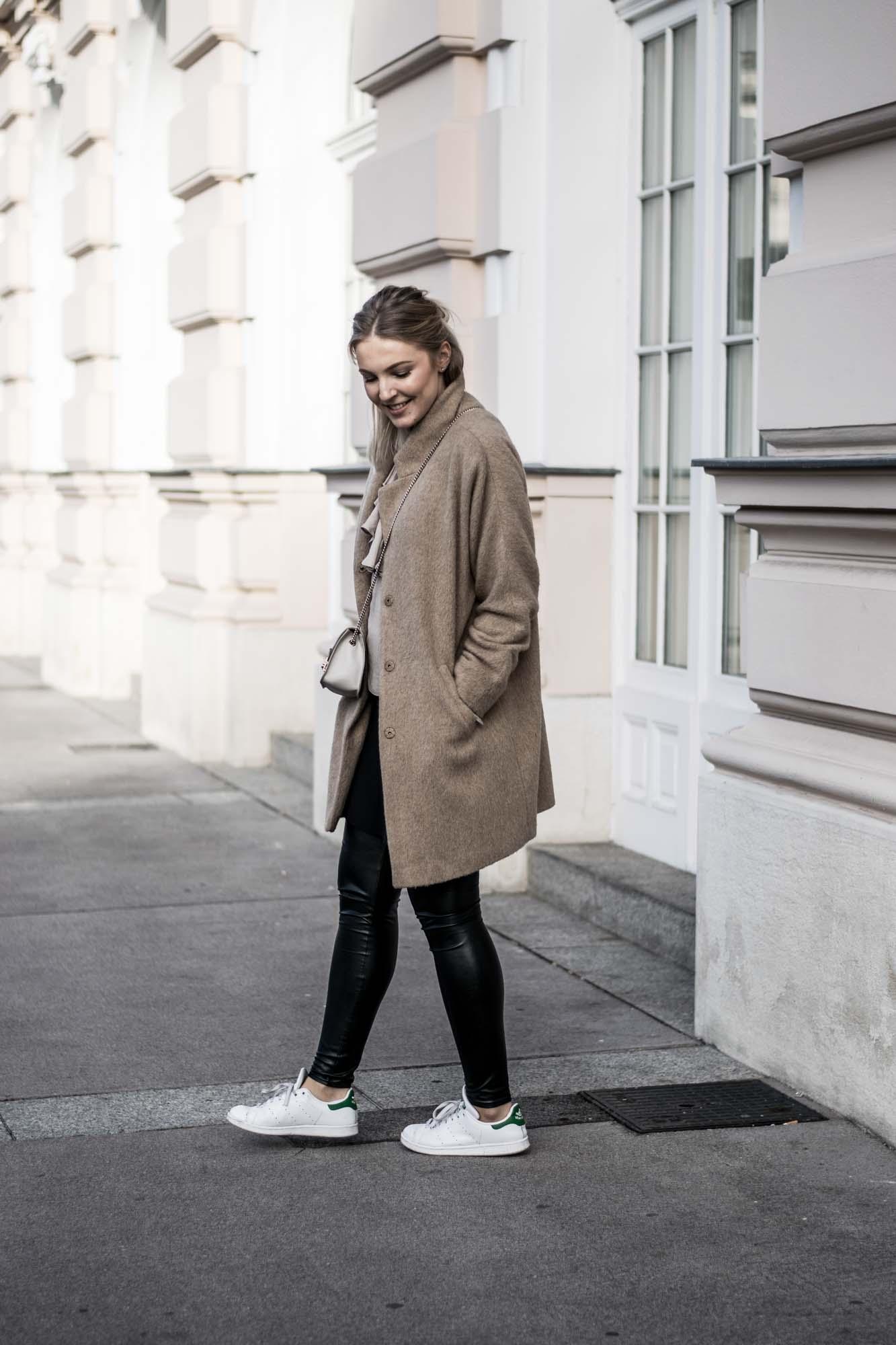 giveherglitter-camelcoat-fashionblog-3