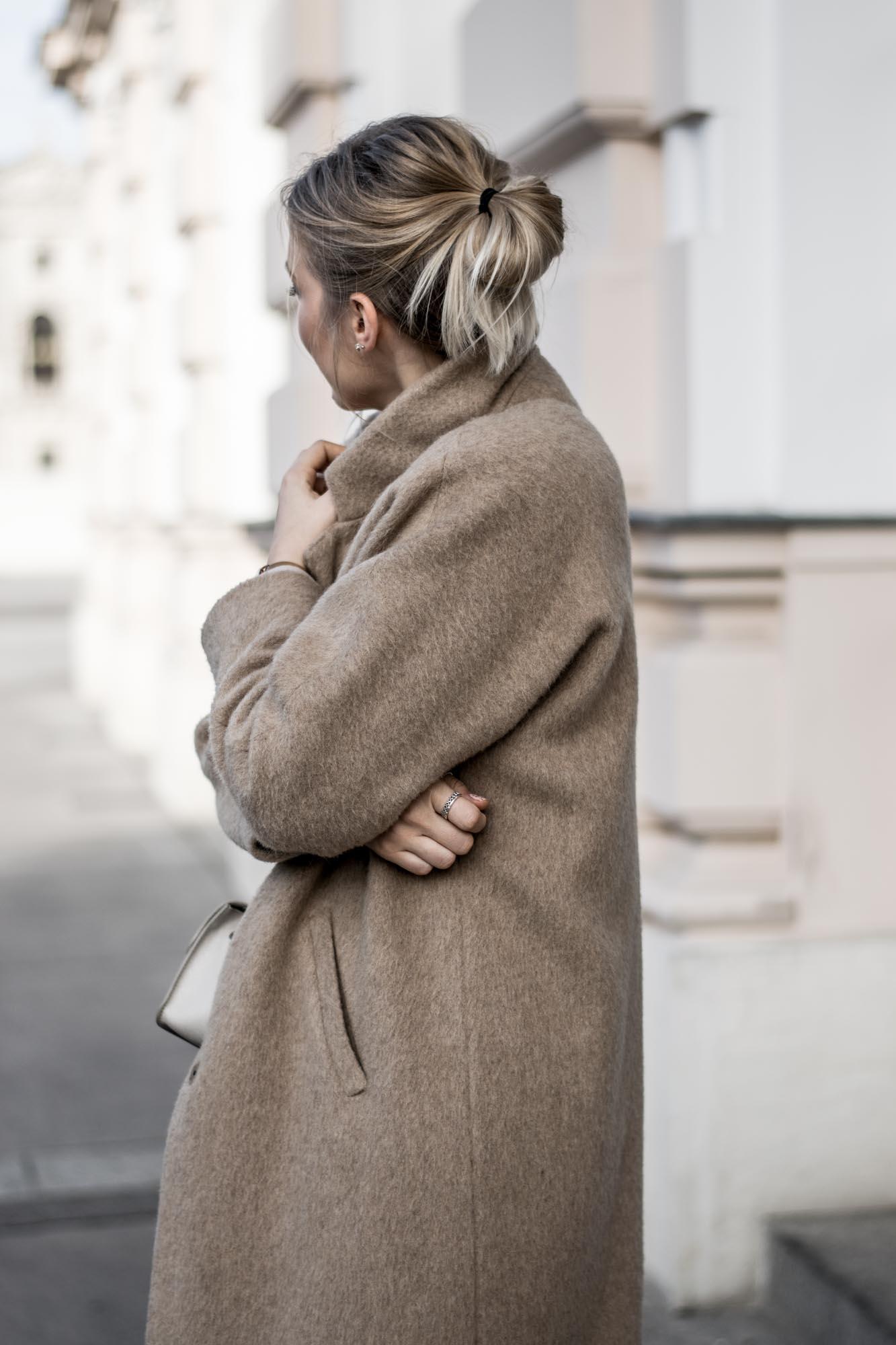 giveherglitter-camelcoat-fashionblog-4