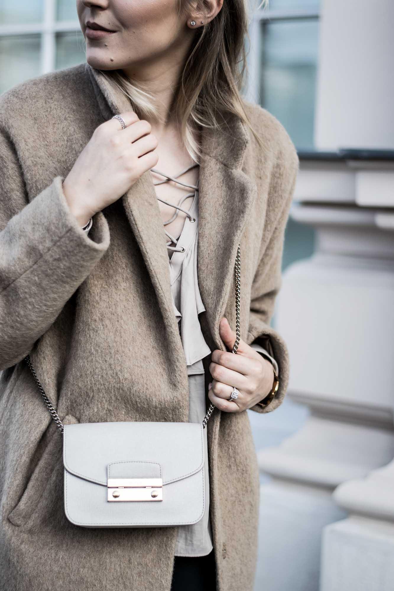 giveherglitter-camelcoat-fashionblog-9